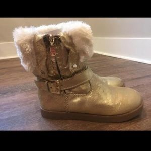 GUESS gold+fur boots